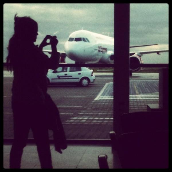 Dziś branża lotnicza pozwala na wiele nadużyć, nie tylko na darmowe posiłki ;)