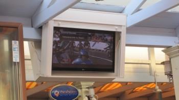 Czytelnik Pedro hackuje hotelowy TV SAT