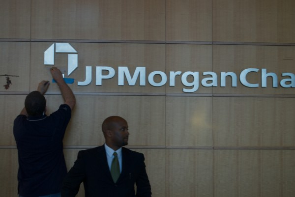 JP Morgan Chase, fot. Steve Rhodes @ Flicker, lic. CC.