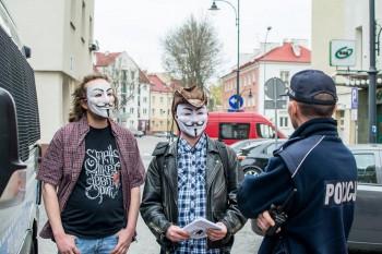 Protest Anonimowych w Białymstoku - fot. Dzień Dobry Białystok