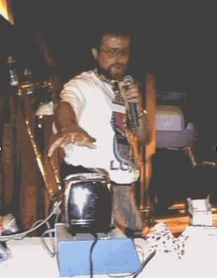 Simon Hackett podłącza toster do internetu, rok 1990. fot. livinginternet.com